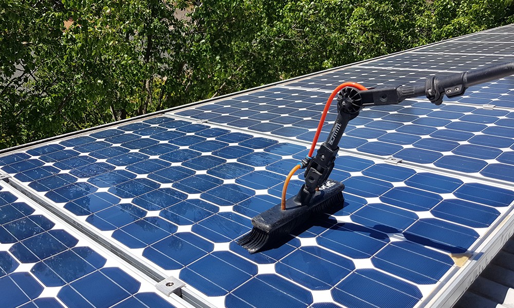 Solar Panel cleaning2